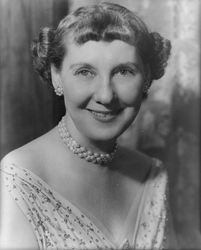 "Mamie Eisenhower: Unwitting creator of THE iconic color of the 50s, ""Mamie Pink"""